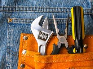 building tools in back pocket